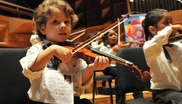 Music as rebirth. The history of the Orchestra of Children founded by Abreu
